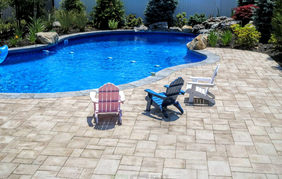 Patio long island designers patio contractors ny for Pool design long island ny